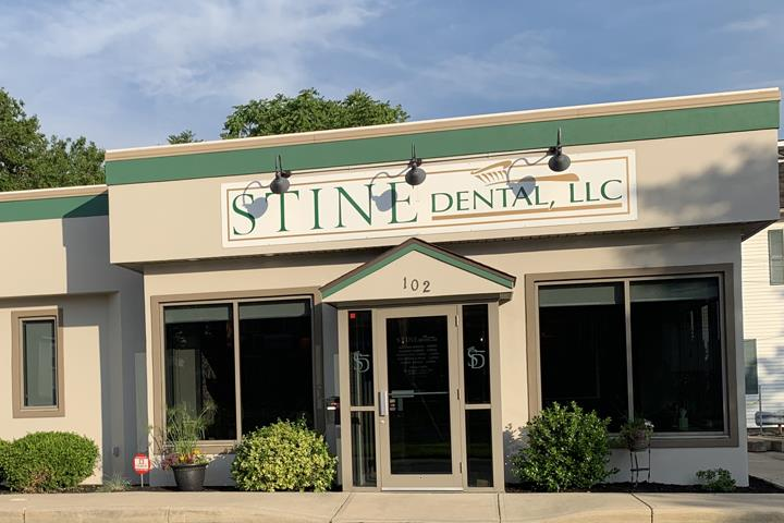 Stine Dental, L.L.C. Dr. Roger D. Stine, D.D.S. - Dentist - Norwalk, OH - Slider 5